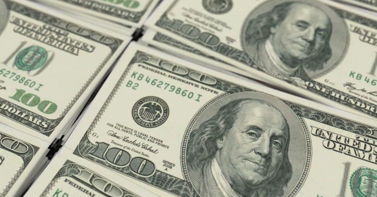 money $100 bills feature
