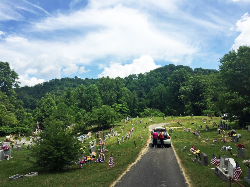 kentucky cemetery on decoration day